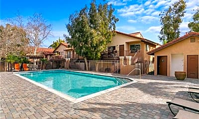 Pool, 769 La Tierra St, 2