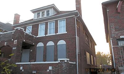 Building, 16161 Fairfield St, 2