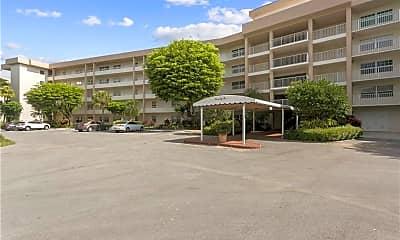 Building, 3900 Oaks Clubhouse Dr 409, 0