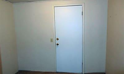 Bedroom, 620 N Bradley St, 2