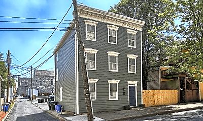 Building, 901 Capitol St, 1