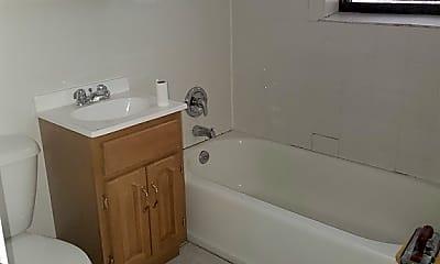 Bathroom, 3919 N Pine Grove Ave, 2