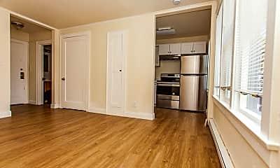 Kitchen, 112 E 4th St, 2