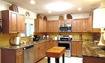 Kitchen, 5203 108th St N, 1