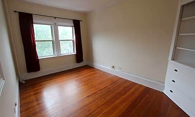 Living Room, 2010 Massachusetts Ave, 0