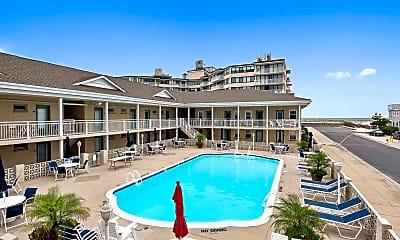 Pool, 1600 Atlantic Ave, 1