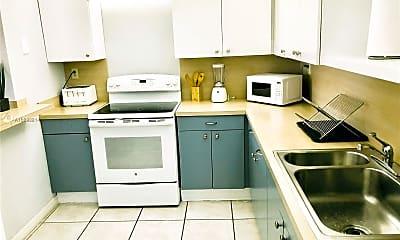 Kitchen, 101 Crandon Blvd 170, 2
