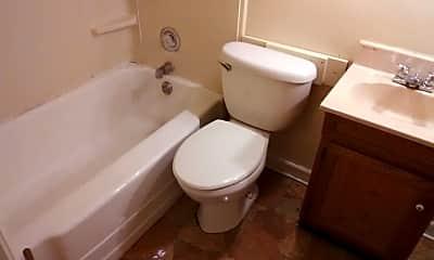 Bathroom, 405 N Longwood St, 2