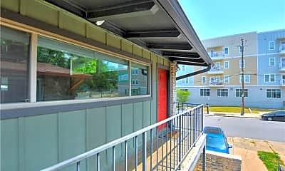 Patio / Deck, 2404 Longview St 201, 0
