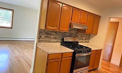 Kitchen, 65 N Chestnut St 6, 2