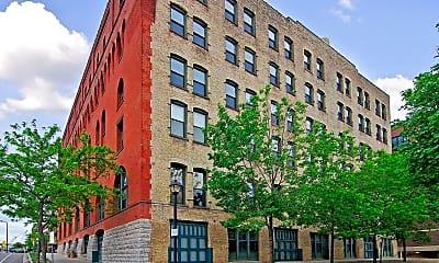 Building, 400 N 1st St 409, 2