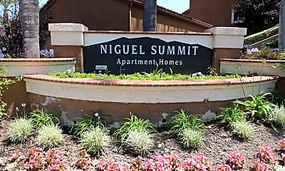 Community Signage, Niguel Summit, 2