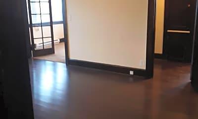 Living Room, 222 N 5th St, 1