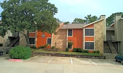 Bedford Oaks Apartments, 0