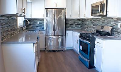 Kitchen, 2040 S Sherbourne Dr 6, 2