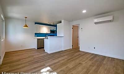 Living Room, 635 Plumas St, 0