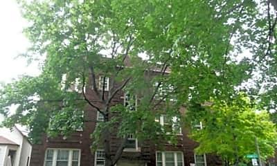 Building, 3504 N Wolcott Ave, 2