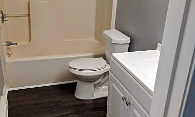 Bathroom, 211 S Caldwell St, 2