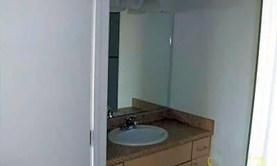 Bathroom, North Park I and II, 2