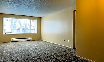 Living Room, 521 3rd Ave N, 1