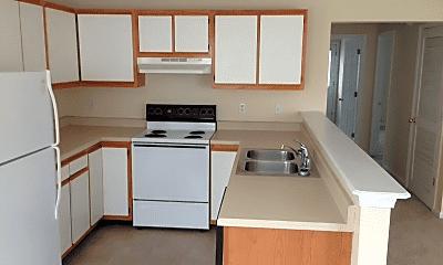 Kitchen, 133-139 Grinder Ct, 1