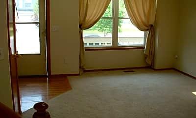 Living Room, 940 Dancing Horse Dr, 1