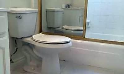 Bathroom, 6017 Lexington Ave, 2