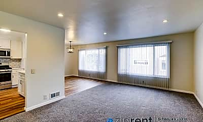 Living Room, 4270 Folsom St, 1