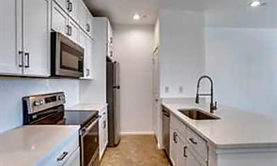 Kitchen, 3275 Dallas St 101, 1