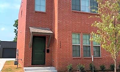 Building, 1242 S Delaware Ave, 1