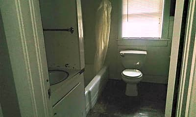 Bathroom, 112 Grover St, 2