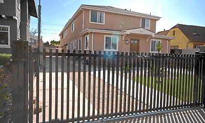 Patio / Deck, 4542 Lomita St, 1