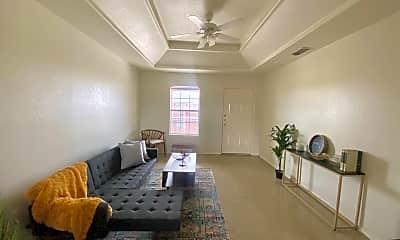 Living Room, 1320 Del Oro Ln, 2