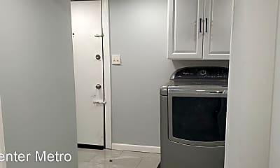 Kitchen, 6008 Addison Rd, 1