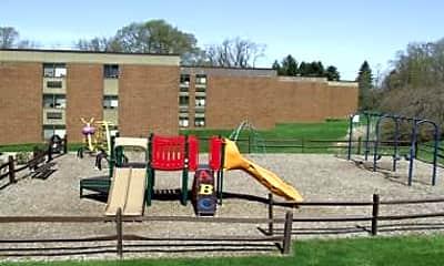 Playground, Union Gardens, 2