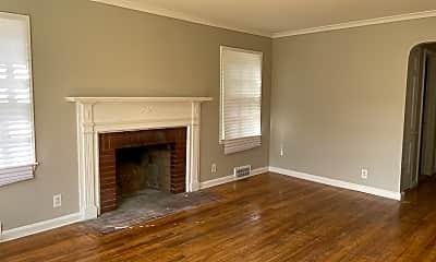 Living Room, 5575 Oldtown, 0