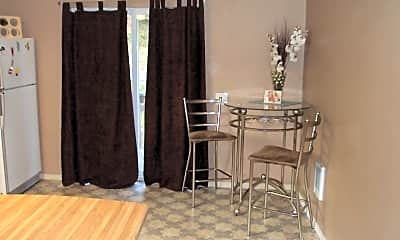 Dining Room, 330 NW Dillon St, 1