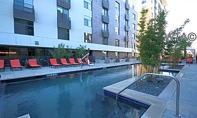 Pool, 1300 E Riverside Dr, 2