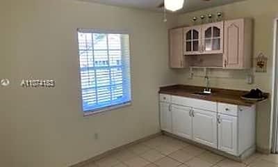 Kitchen, 7723 SW 128th Pl 1, 1