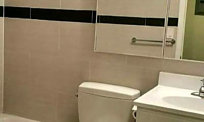 Bathroom, 22-28 26th St, 2
