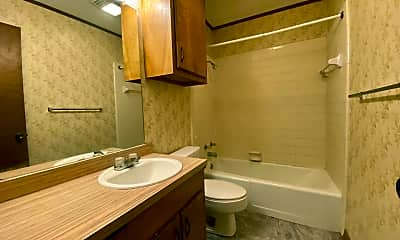 Bathroom, 2269 W Martin Luther King Jr Ave, 2