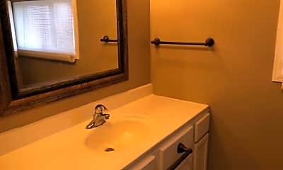 Bathroom, 1102 College St, 2