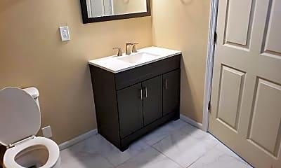 Bathroom, 5315 Greenbrook Dr, 2