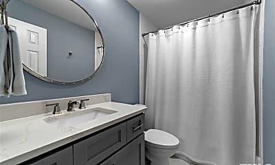 Bathroom, 750 Washington St, 2