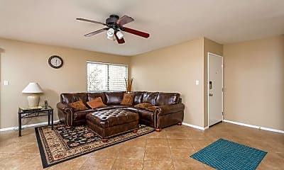 Bedroom, 5525 Thomas Rd D4, 1