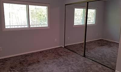 Bedroom, 117 W. Lime Street #1, 2