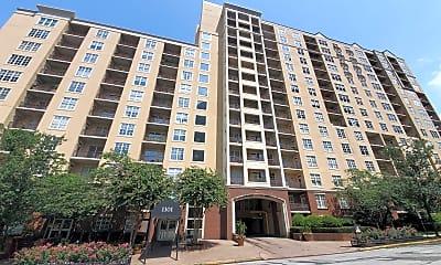 Building, 1101 Juniper Street NE #612, 1
