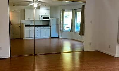 Living Room, 750 Gable Dr, 1