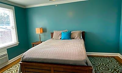 Bedroom, 922 S Washington St 306, 2