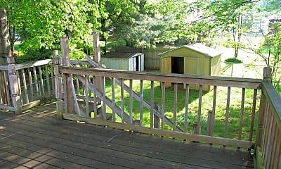 Patio / Deck, 13911 Mapledale Ave, 2
